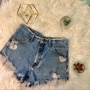 Pants - 🍍5/$25 | Distressed High Waisted Shorts